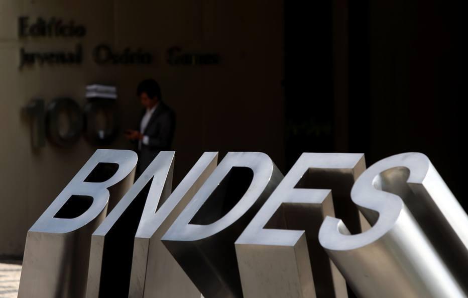Suposta 'caixa-preta' do BNDES é saia justa para novo presidente