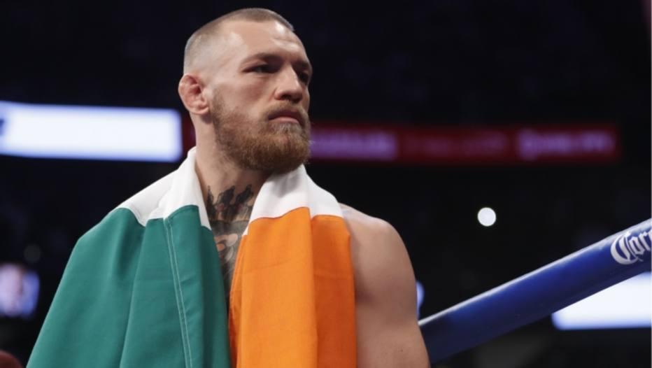 Lutador Conor McGregor é preso em Miami após quebrar celular de fã que o fotografava
