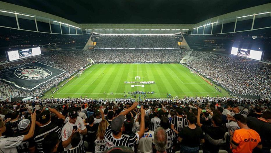 Tour na Arena Corinthians comemora o  mês da mulher  com ações ... b1d791768f01b