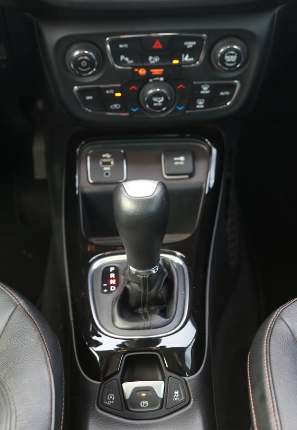 VW Tiguan Allspace x Jeep Compass Longitude