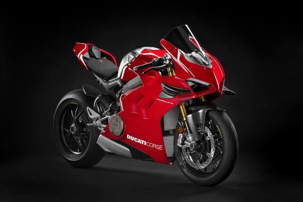Asas na carenagem foram herdadas do protótipo da MotoGP
