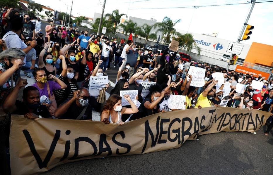 Carrefour protesto