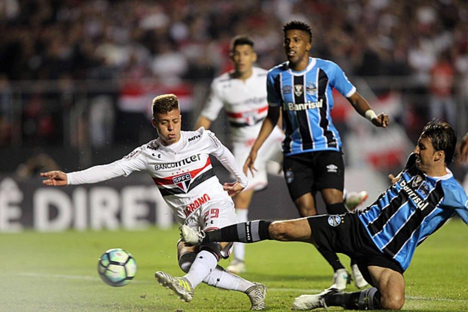 Com lesão muscular, Lucas Fernandes desfalca São Paulo por