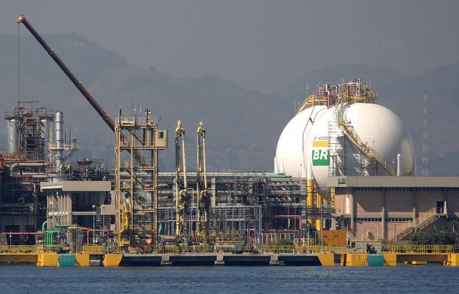 Petroleiros anunciam greve nacional a partir de sábado