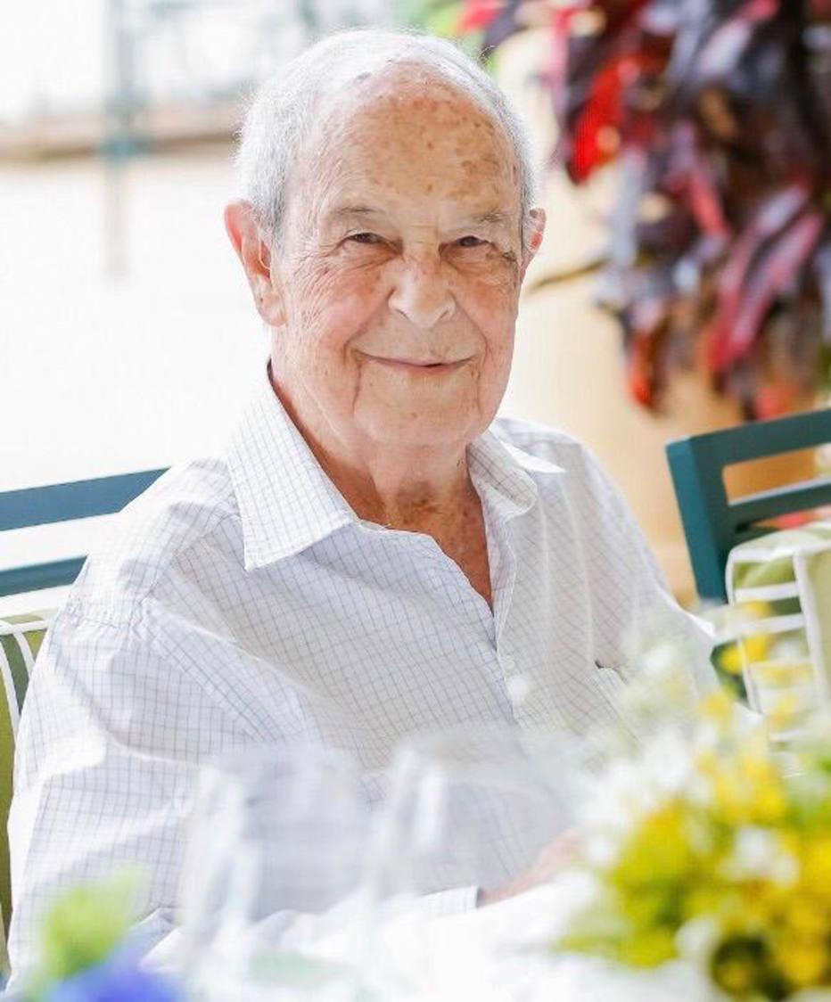 Aos 99 anos, o 'banqueiro invisível' ainda dá as cartas – Economia & Negócios Estadão