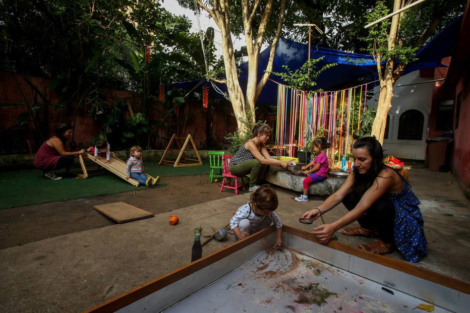 Cresce busca por espaços informais de educação infantil - Educação - Estadão