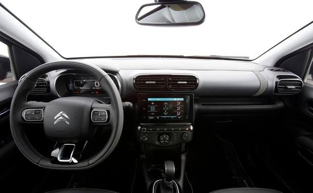 Comparativo: Citroën C4 Cactus x Honda HR-V x Jeep Renegade