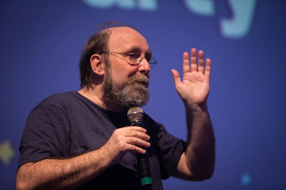 Em live, 'Estadão' conversa com neurocientista Miguel Nicolelis sobre reabertura de estados