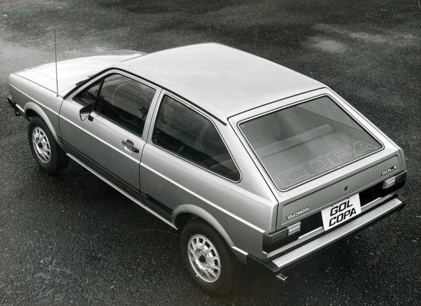 Velocidades máximas dos carros dos anos 1980