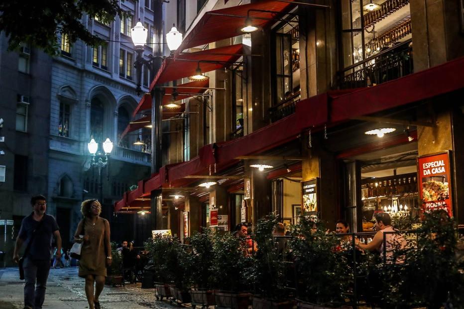 Centro velho tem alguns bares que funcionam no início da noite Foto: Gabriela Biló/Estadão.