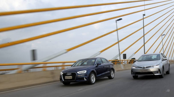 Comparativo Audi A3 Sedan e Toyota Corolla
