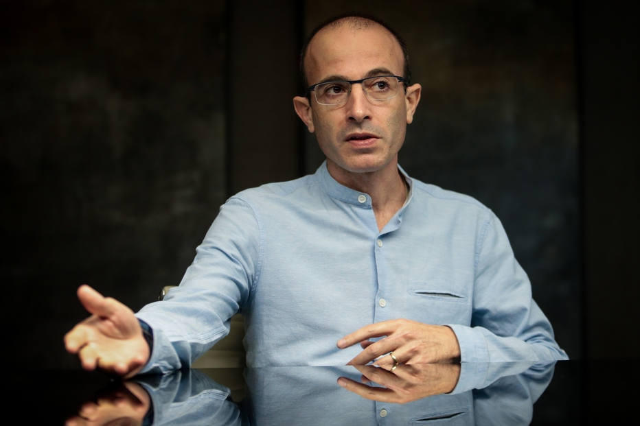 Yuoval Noah Harari