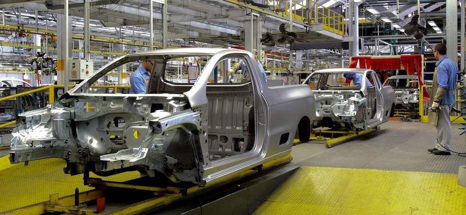 VW e trabalhadores fazem acordo que preserva salários - Economia ...