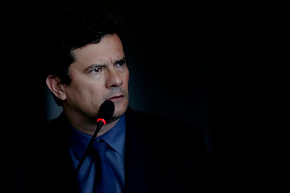 Moro pediu a Lava Jato para rebater 'showzinho' da defesa de Lula, diz site