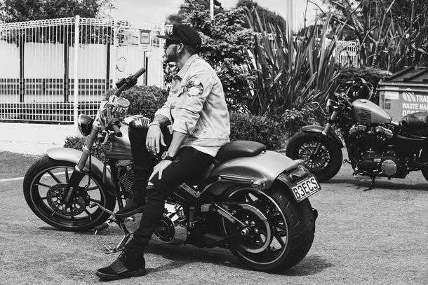Coleção de carros e motos de Lewis Hamilton