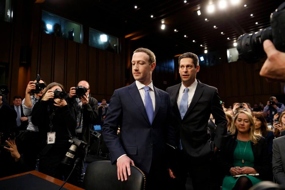 Governo dos EUA processa Facebook por 'discriminar' trabalhadores americanos