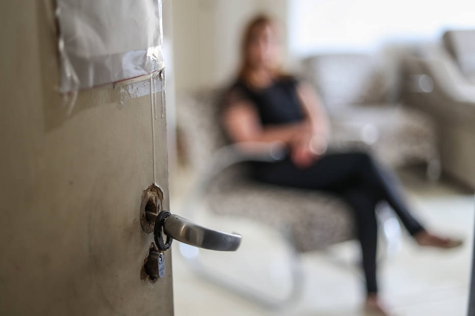 Maus-tratos repetidos contra mulheres aumentam risco de suicídio