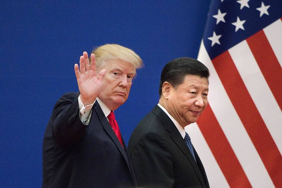 Trump e o presidente chinês, Xi Jinping, em encontro em Pequim, em novembro; guerra comercial entre os países se acirrou e americano acusa chineses de tentarem impactar sua base eleitoral