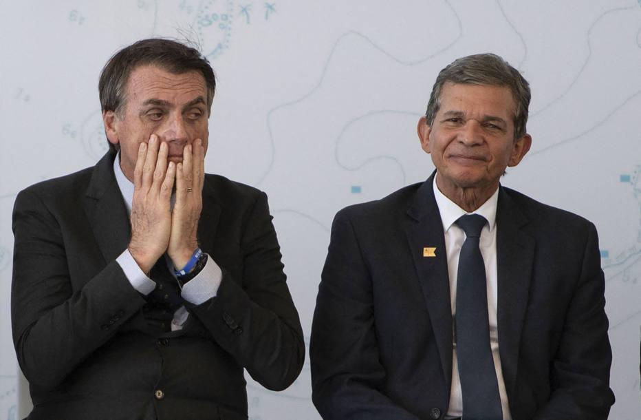 Bolsonaro e Silva e Luna