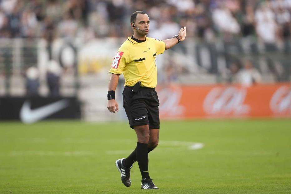 Wilton Sampaio será o único brasileiro com a função de ser árbitro de vídeo  na Copa 87fe0efd64b90