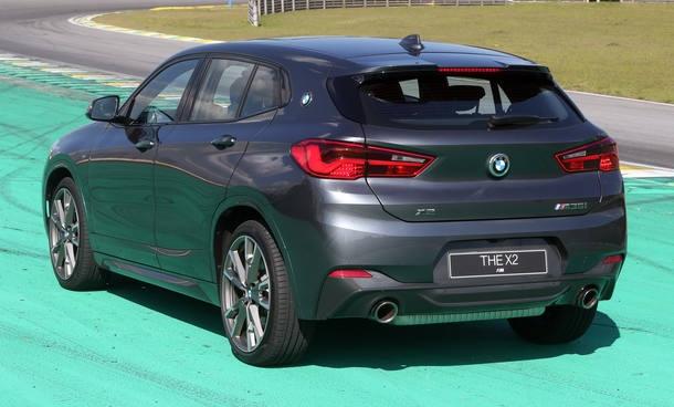 Modelo está em regime de pré-venda no Brasil, por R$ 313.950