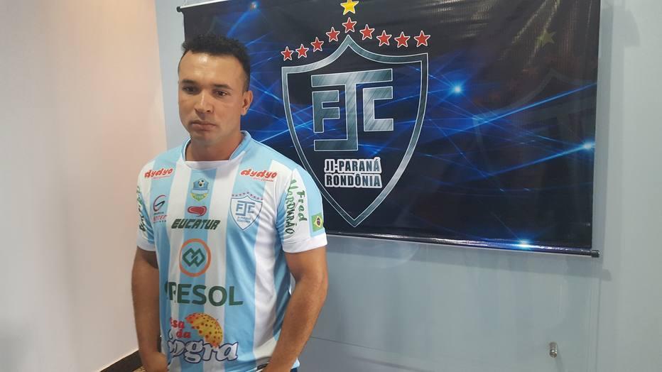 Clube Ji-Paraná anuncia contratação de ex-Corinthians 29fd77afab98b
