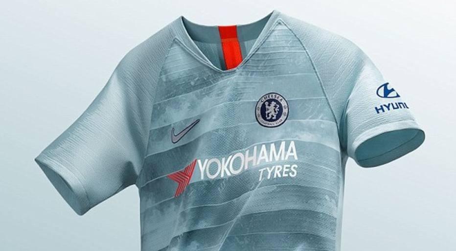 11532cda6 Chelsea lança uniforme com imagem aérea de Londres estampada ...