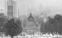 Vista de Monumento à Independência no bairro do Ipiranga, zona sul da capital paulista, na década de 60.
