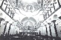 Interior da Catedral Ortodoxa de São Paulo em 1982. Igreja foi inaugurada em 1954