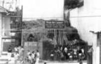 """Placa """"Rua de Lazer"""" indicava que a via estava fechada ao tráfego aos domingos até às 18 horas"""