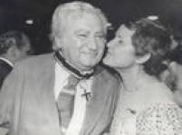 O escritor Jorge Amado e sua esposa, a também escritora Zélia Gattai,Brasil, Salvador, BA. 15/11/1986.