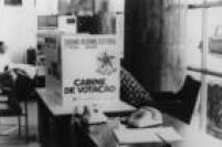Novo modelo de cabine de votaçãoo em colégio eleitoral de Belo Horizonte, MG. 15/11/1972.