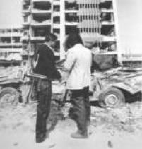 Pablo Escobar comandou diversos atentados durante seu reinado como traficante. Na foto, o prédio do Departamento de Segurança em Bogotá foi destruído com bombas, em 1990