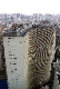 Edifício Copan ao lado do Terraço Itália, vistos do dirigível da Goodyear.