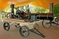 Máquina a vapor usada no início do século 20 exposta no museu Catavendo