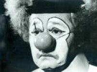 <a href='http://acervo.estadao.com.br/pagina/#!/19780521-31650-nac-0026-999-26-not/busca/circo' target='_blank'>Rosto dopalhaço</a>Pituca em foto de 1978