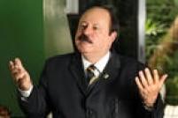 O candidato à Presidência pelo PRTB, Levy Fidelix, concede entrevista em seu escritório de campanha no bairro de Moema, zona sul da capital paulista.São Paulo, SP, 30/09/2014.
