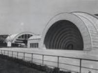 Concha acústica e seu terraço. O espaço era utilizado para apresentação de espetáculos de música, balé e teatro