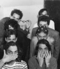 Os rapazes do Titãs posam para a fotógrafa Mônica Zarattini com olhares misteriosos.