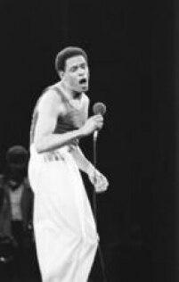 Apresentação do cantor norte americano Al Jarreau, deu um toque de jazz no palco do Rock in Rio I, 18/01/1985
