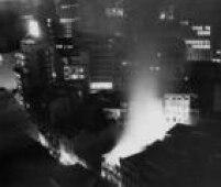 Em 1957<a href='http://acervo.estadao.com.br/noticias/acervo,fotos-historicas-incendio-na-sao-bento,11640,0.htm' target='_blank'>incêndiodestruiu loja</a>de departamentos na rua São Bento