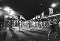 Desfile de rua do carnaval paulistano, década de 1960