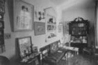 Casa mantém objetos pessoais do escritor, peças do mobiliário e obras que pertenceram ao poeta