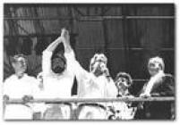 <a href='http://acervo.estadao.com.br/noticias/acervo,quando-lula-e-fhc-dividiram-um-palanque,11484,0.htm' target='_blank'>FHC e Lula no mesmo palanque</a>em1989, quando o PSDB apoio o PTcontra a eleição de Fernando Collor de Mello