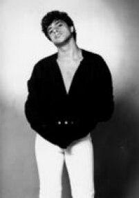 O cantor, compositor e guitarrista<a href='http://acervo.estadao.com.br/pagina/#!/19851018-33937-nac-0018-999-18-not/' target='_blank'>Lulu</a>Santos, em foto de 1983