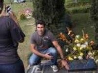 Depois de sua morte, Pablo Escobar continua chamando atenção. Uma das atrações turísticas de Medellín é visitar o túmulo do traficante.