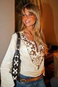 Caroline Bittencourt clicada por Flavia Vitória em 2006.