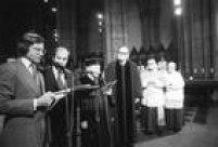 O rabino henry sobel fala durante a missa de Vladimir Herzog na Catedral da Sé, em São Paulo, SP, 31/10/1975.