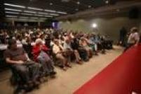 Público no Memorial da Resistência para a sessão de estreia do filme Estanhos na Noite, Mordaça no Estadão em tempos de Censura