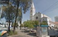 Largo dos Pinheiros, em Pinheiros, zona oeste de São Paulo, julho de 2014.Clique<a href='http://https://www.google.com.br/maps/@-23.5672089,-46.6956772,3a,75y,233.31h,105.98t/data=!3m6!1e1!3m4!1sGRw1jYhvdzr8dZfvUZR7Vw!2e0!7i13312!8i6656' target='_blank'>aqui</a>para ver a imagem no Google